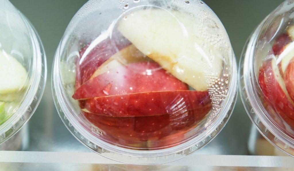 Freezing apples
